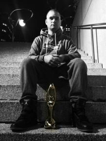 Manu Militari remporte le prix Félix pour l'album hip hop de l'année avec Marée humaine!